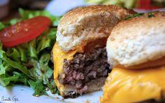 Le burger du restaurant Le Mil'a, Paris 1