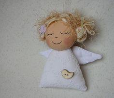 Christmas Angels, Christmas Crafts, Christmas Decorations, Christmas Ornaments, Felt Crafts, Diy And Crafts, Arts And Crafts, Crochet Angels, Crochet Dolls