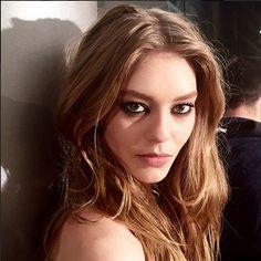 Versace Fall 2015 makeup