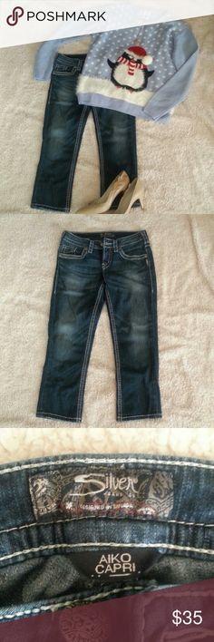 *SALE* Silver Jeans Akio Capri Great condition.  Measurements to come  SALE PRICE IS FIRM Silver Jeans Pants Capris