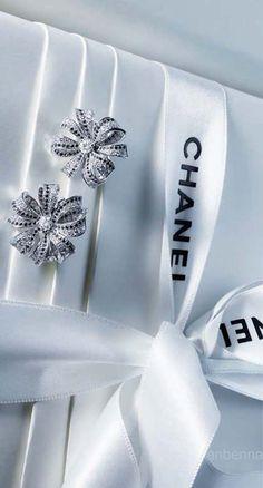 Chanel ♥✤   KeepSmiling   BeStayClassy