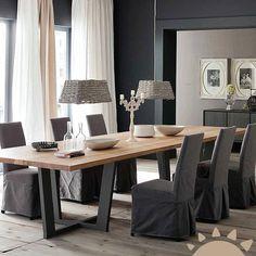 El comedor deben ser uno de los ambientes más elegantes de la casa por los acontecimientos que suelen celebrarse en ella, desde una visita más consuetudinaria hasta la cena más importante.