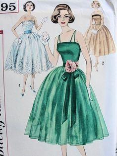 1950s DREAMY STRAPLESS EVENING COCKTAIL PARTY DRESS PATTERN FULL DANCING SKIRT, CUMMERBUND. SIMPLICITY PATTERNS 2295. Vintage Pattern
