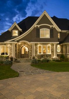 LOVE LOVE LOVE LOVE LOVE this cottage style home