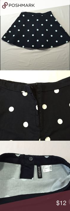 """H&M Divided Polka Dot Skirt Size 6 Great pre-loved condition. Hidden zipper and button in the back. 🔅 98% cotton 🔅 2% elastane 🔅 Waist - 28"""" 🔅 Length - 15.5"""" 🔅 H&M Skirts Mini"""