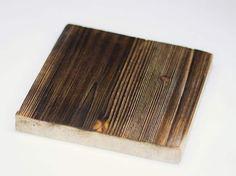 Il est facile de donner un aspect ancien au bois neuf. Woodworking Bench Plans, Woodworking Logo, Beginner Woodworking Projects, Woodworking Furniture, Router Woodworking, Kitchen Ornaments, Pallet House, Antique Wax, Aging Wood