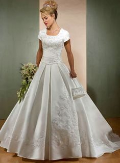 Top part is to tight but I love the lower part of the dress.