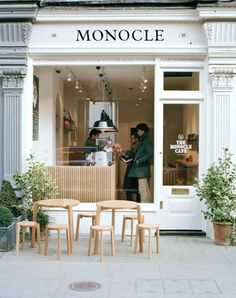MONOCLE CAFÉ The first Monocle café in London is now open 18 Chiltern Street London W1U 7QA