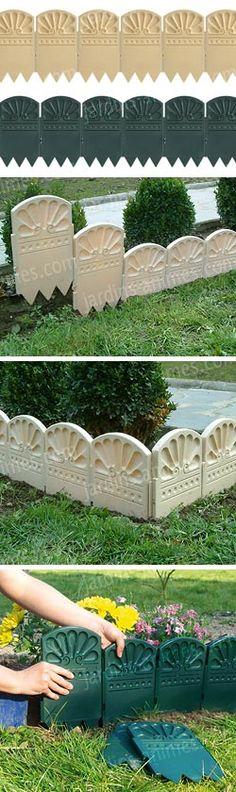 Bordure déco en plastique. Les parties s'emboitent facilement les unes dans les autres. Fabriqué en France. Plus d'info ici : http://fr.jardins-animes.com/bordures-decoratives-jardin-plastique-p-1895.html