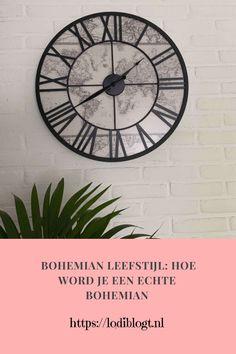 fashion, interieur, bohemian. Zorgeloos, vrij en kleurrijk dat is de bohemian leefstijl. En willen we allemaal niet zo leven. Natuurlijk, het leven is niet zorgeloos, maar we kunnen er wel wat luchtigheid in gooien. Vandaag geef ik tips hoe je de bohemian leefstijl kan leven! Boho Room, Bohemian Style, Cool Style, Tips, Blog, Fun, Inspiration, Design, Biblical Inspiration