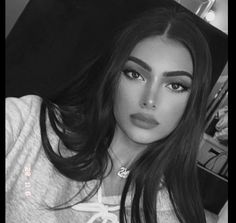 Aesthetic Girl, Aesthetic Clothes, Picnic Photography, Happy 24th Birthday, Perfect Nose, Spirit Quotes, Edgy Makeup, Girly Pictures, Pretty Makeup