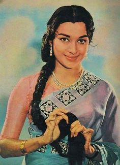 With a tradition lasting over a hundred years, Hindi cinema has seen countless highs and lows. Struggling actors, ambitious filmmakers, creative authors and even those who have been given everything on a platter. Bollywood is not just a film industry. Vintage Bollywood, Indian Bollywood, Bollywood Stars, Bollywood Actress, Asha Parekh, Simplicity Is Beauty, Indian Goddess, Vintage India, Indian Movies