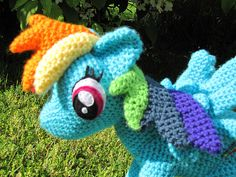 Ravelry: Rainbow Dash from My Little Pony pattern by The Nerdy Knitter
