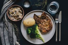 no Chop chop with boiled potato, broccoli and mushroom stew Mushroom Stew, My Recipes, Healthy Recipes, Chop Chop, Stuffed Mushrooms, Pork, Potatoes, Meat, Chicken