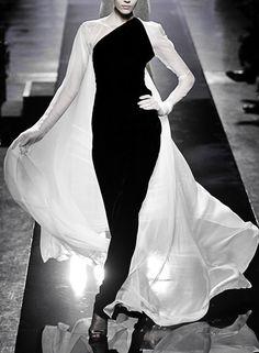 Jean Paul Gaultier  Haute Couture Fall-Winter...