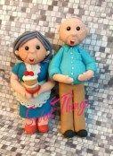 Grandma and grandpa cake toppers - sweetthingsbywendy.ca Grandma And Grandpa, Smurfs, Cake Toppers, Cupcake Cakes, Sweet, Character, Candy, Cupcakes, Cupcake