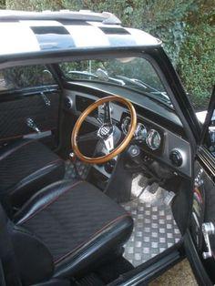 Classic Mini, Interior, Metal Floor Mini Cooper Classic, Classic Mini, Classic Cars, Mini Cooper Interior, Rover Mini Cooper, Mini Morris, Mini Copper, Metal Floor, Dashboards