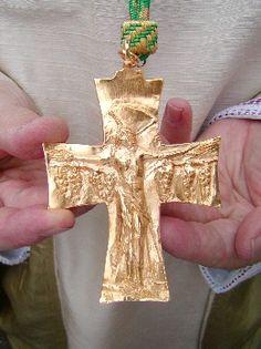 Catholic Priest, Roman Catholic, Bishop Ring, Most Expensive Jewelry, Christian Symbols, Religious Cross, Wall Crosses, Cross Jewelry, Byzantine