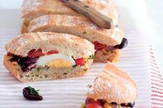 20 jídel do krabičky | Apetitonline.cz Hamburger, Sandwiches, Brunch, Toast, Healthy Recipes, Healthy Food, Snacks, Breakfast, Fit