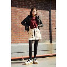 #onitsukatiger x #nylonjp 👟👌 Onitsuka Tiger, Body Poses, Normcore, Instagram, Style, Fashion, Swag, Moda, Fashion Styles