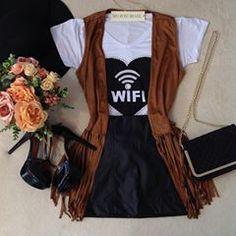 ❤️❤️😘 T-Shirt Wi-Fi querida entre a blogueiras ❤️❤️ • ❣ T-Shirt WiFi { D/ em bordado C/ Pérolas } 💰 79,80 • ❣Colete Suede Franjas 💰99,80 • ❣ Saia reta Couro Fake 💰 79,80 • Para Compras acesse nosso Site 🛍 WWW.MELROSEBRASIL.COM • Link clicavel do Site em nossa Bio 😘👆👆👆