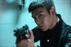 BIGBANG's T.O.P. is on top of the world! ~ Latest K-pop News - K-pop News | Daily K Pop News