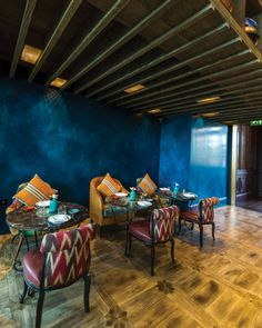 A trace of Incan heritage and Latin American Lifestyle makes its way to the Middle East. The London award-winning brand brings an exceptional, multi-dimensional experience to Dubai. Coya is a stylish Peruvian restaurant, crafted by the design team of london-based practice Sagrada, and headed by Richard Saunders.