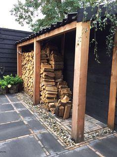 1 drewutnia w ogrodzie