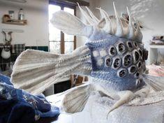 Another boxfish - Work in progress... - Maria Friese - felt art Art Fibres Textiles, Textile Fiber Art, Needle Felted Animals, Felt Animals, Nuno Felting, Needle Felting, Felt Crafts, Fabric Crafts, Felt Puppets