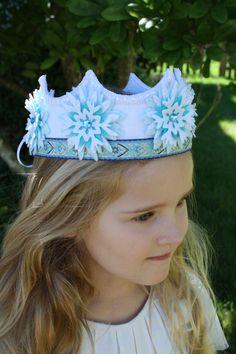 Elsa inspired white snowflake felt crown by IngaAstrid on Etsy