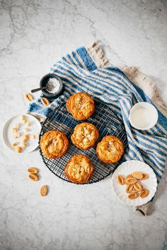 dulcey white chocolate macadamia cookie recipe hummingbird high White Chocolate Macadamia Cookies, High Altitude Baking, Sugar And Spice, Hummingbird, Cookie Dough, Sweet Recipes, Cookie Recipes, Food Photography, Sweet Treats