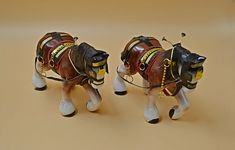 Two Ceramic Draft Horse Figurines, Clydesdale Horse - Stuff I Like - Horse Rearing, Horse Galloping, Clydesdale Horses, Andalusian Horse, Friesian Horse, Arabian Horses, Palomino, Equine Photography, Animal Photography