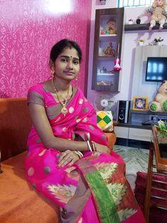 Beautiful Blonde Girl, Beautiful Girl Indian, Beautiful Indian Actress, Beauty Full Girl, Beauty Women, India Beauty, Asian Beauty, Indian Beauty Saree, Indian Sarees