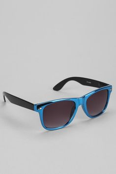 Metallic Risky Sunglasses #urbanoutfitters