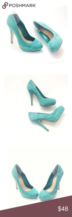 """Steve Madden Mint Green Tiffany Blue Platform Heel Gorgeous MINT / Tiffany blue platform pumps, definitely a statement fashion! would be perfect for office parties, Christmas, holidays, bridesmaids, brides, weddings, girls night out, evening dates, church, or any day...! • Gently loved • Fashion suede leather Platforms, approx. 4"""" Heel, a small dirt spot on the side, and some discoloration by the side, where the platform is (see photos with red arrow) • smoke & cat free home • Size 8 M…"""