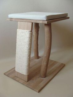 Cats Toys Ideas - 488 × 650 pixels // wider scratching post part on cat tree - Ideal toys for small cats Diy Jouet Pour Chat, Diy Cat Tree, Cat Towers, Ideal Toys, Cat Playground, Cat Shelves, Cat Scratching Post, Cat Scratcher, Cat Room
