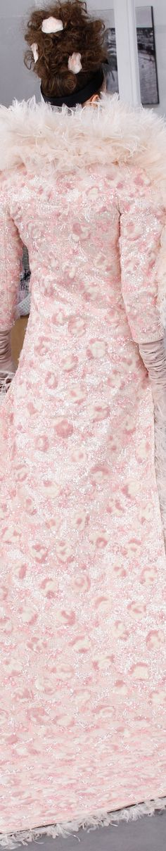 Rosamaria G Frangini | High Chic Fashion |Pink Desire | Chanel fall 2016 couture