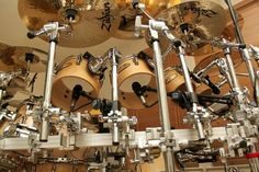Pearl Drums, Snare Drum, Drum Kits, Percussion, Musical Instruments, Chandelier, Ceiling Lights, Pearls, Cool Stuff