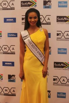 Red Carpet: Liesl Laurie