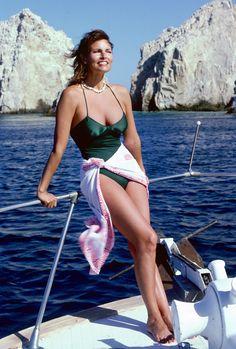 Raquel Welch #bathingsuitbeauty