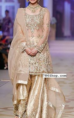 Buy Pakistani Designer Party Dresses online shopping from our collection of Indian Pakistani fancy Party wear fashion suits for USA, UK, Canada, Australia. Fancy Wedding Dresses, Designer Party Wear Dresses, Indian Designer Outfits, Pakistani Bridal Dresses, Pakistani Outfits, Indian Dresses, Pakistani Dresses Online Shopping, Online Dress Shopping, Look Short