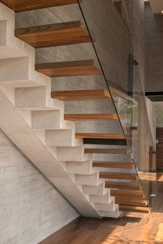 architecture - Casa Puebla built by rdlp arquitectos to harness the beauty of a local volcano, like an architectural tribute Architecture Design, Stairs Architecture, Beautiful Architecture, Interior Stairs, Interior And Exterior, Stair Detail, Modern Stairs, Staircase Design, Open Staircase