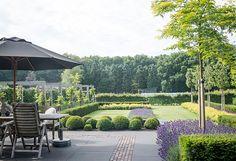 for planning a small garden Contemporary Garden Design, Garden Landscape Design, Landscape Architecture, Exterior, Garden Structures, Garden Spaces, Dream Garden, Garden Planning, Backyard Landscaping