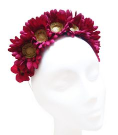 Burgundy flower crown. Bridal headpiece. por HaveaFlowerDay en Etsy