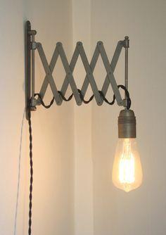 Lampe accordéon industrielle, applique murale design : Luminaires par carte-blanche