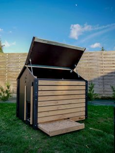 Walk In Chicken Coop, Chicken Coops, Agriculture, Farming, Duck Coop, Poultry House, Wood Shed, Urban Homesteading, Hobby Farms