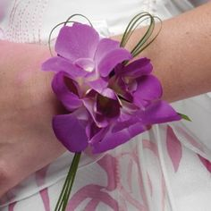 Needs to be a deeper colour.   orchid-wrist-corsage-04