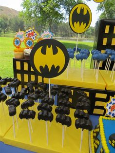 Batman cake pops made by Lil' Miss Sweet Things