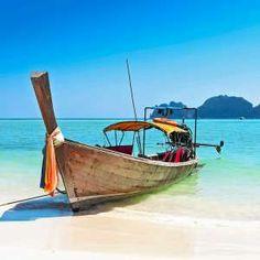 Paradiesische Inseln, gaumenbeglückende Küche und stets ein Lächeln auf den Lippen: Willkommen in Thailand! Unsere Tipps für ungewöhnliche Erlebnisse im zauberhaften asiatischen Land.