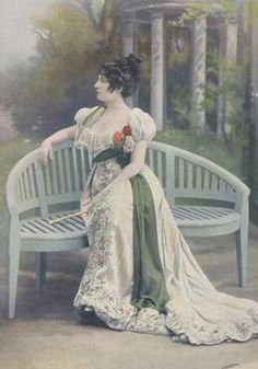 Jacques Doucet - Robe - v. 1900
